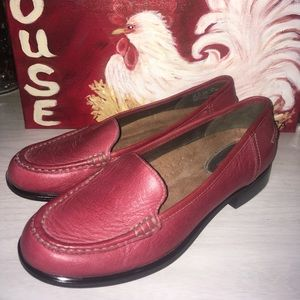 Hush puppies red loafers size 8